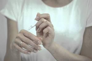 Лечение папиллом суперчистотелом